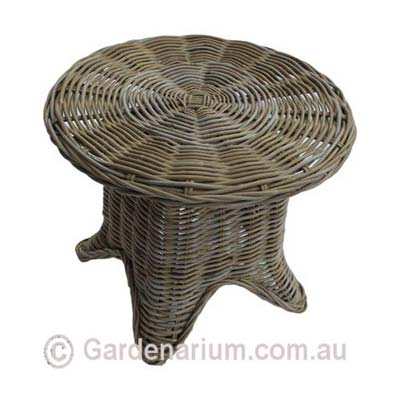 Real-Kubu-Wicker-Round-Table.jpg