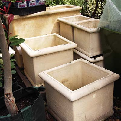 Concrete-and-Sandstone-Tubs-and-Troughs.jpg